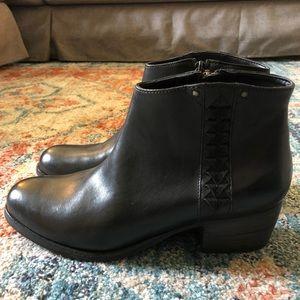 Clarks Booties - Never worn! ❤️